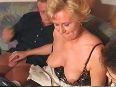 90&amp,#039,s German Granny Gets It! MMMF 4Way..