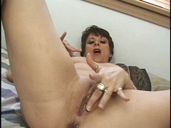 Classic Mature Candy Cooze Playing, Sucking and Banging